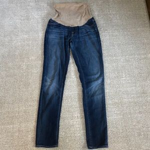 7 for all Mankind - Best maternity skinny jeans!